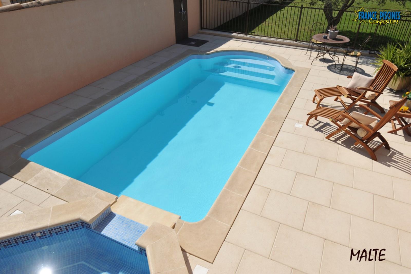 malte l gance piscines spas. Black Bedroom Furniture Sets. Home Design Ideas