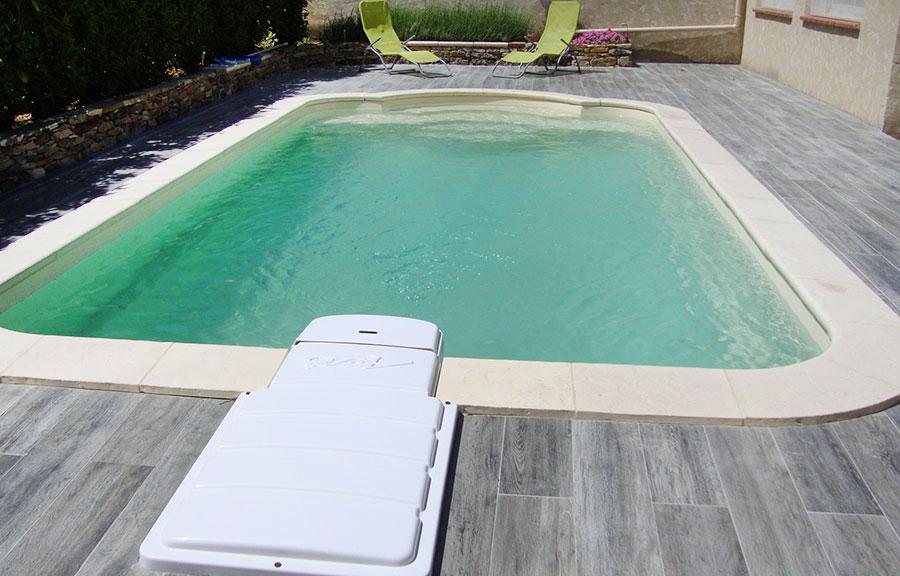 piscine modele coque 730
